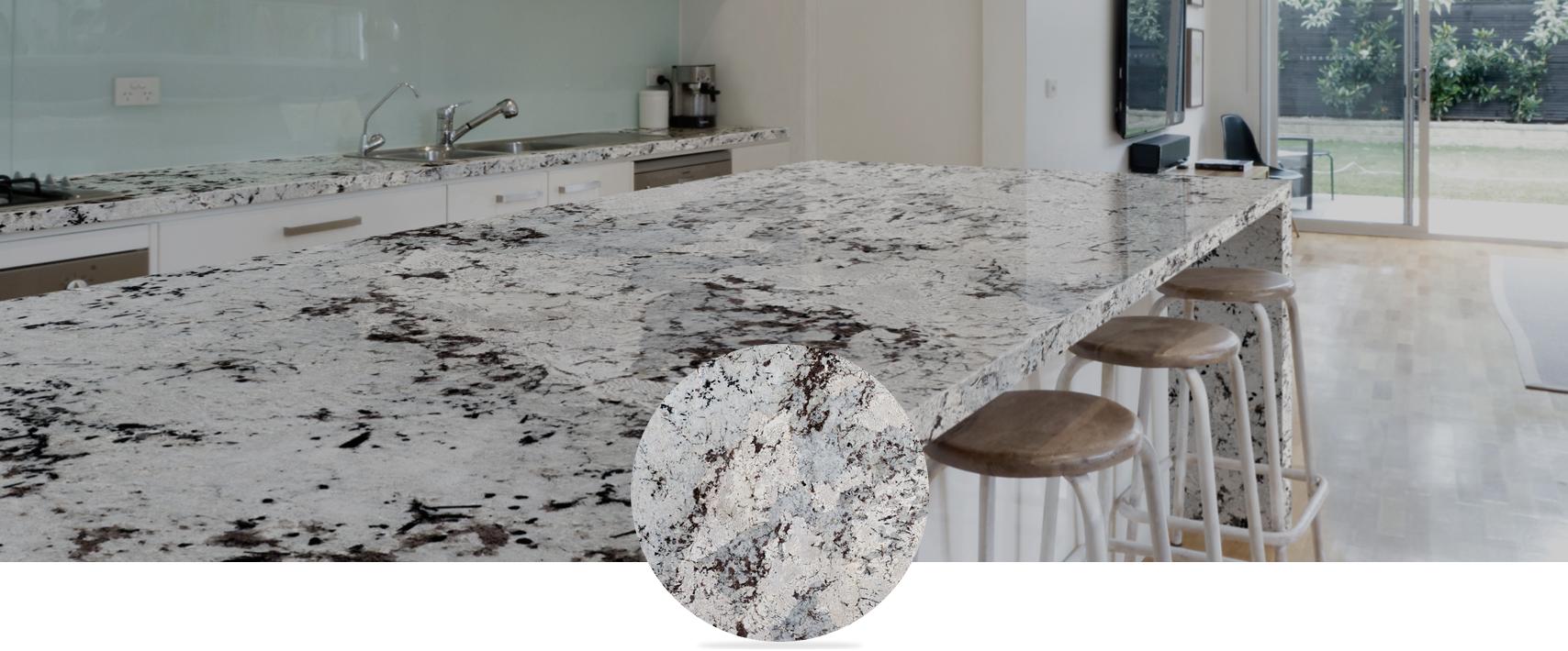 kamień White and grey granite